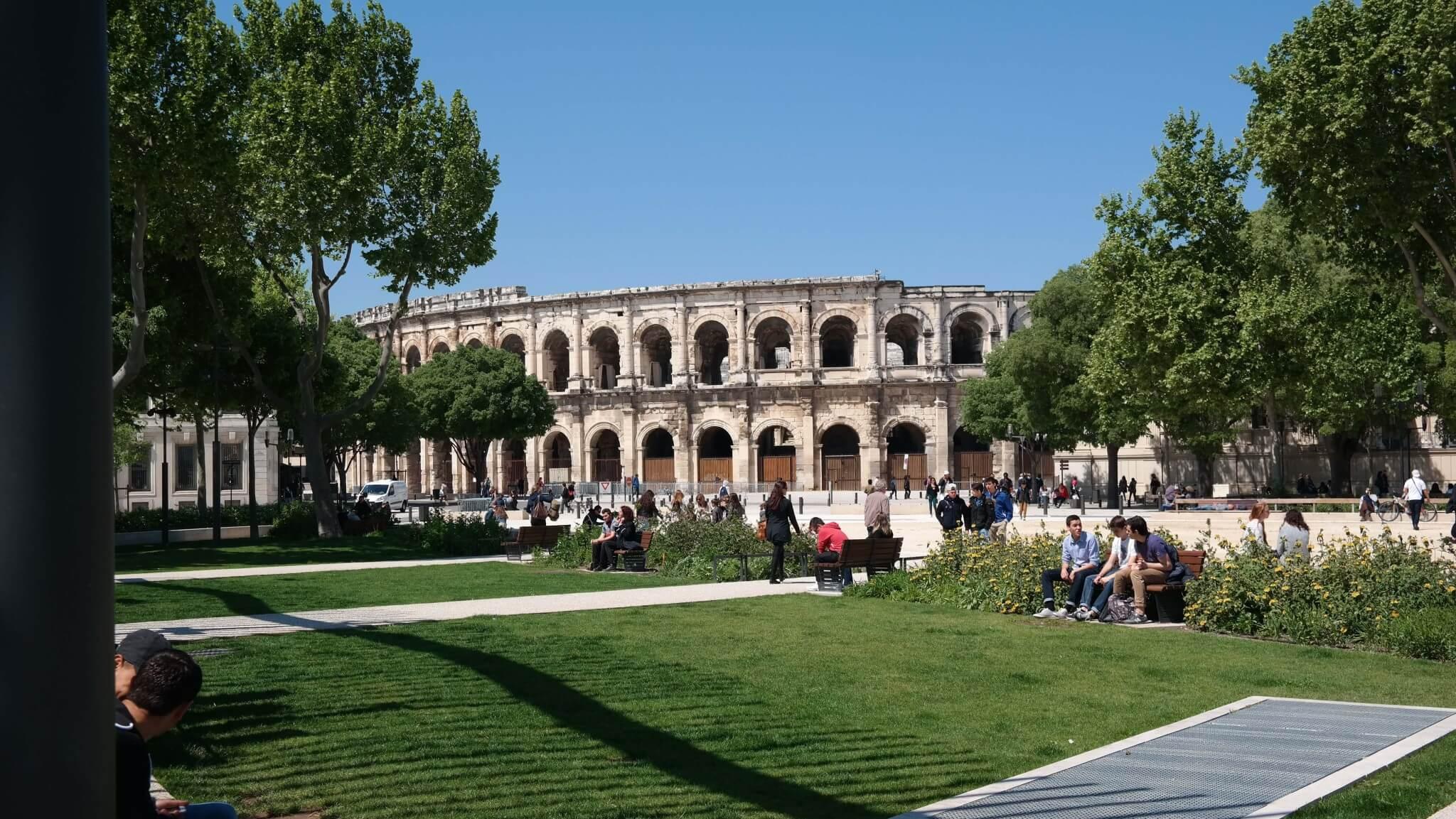 arena Nîmes außen