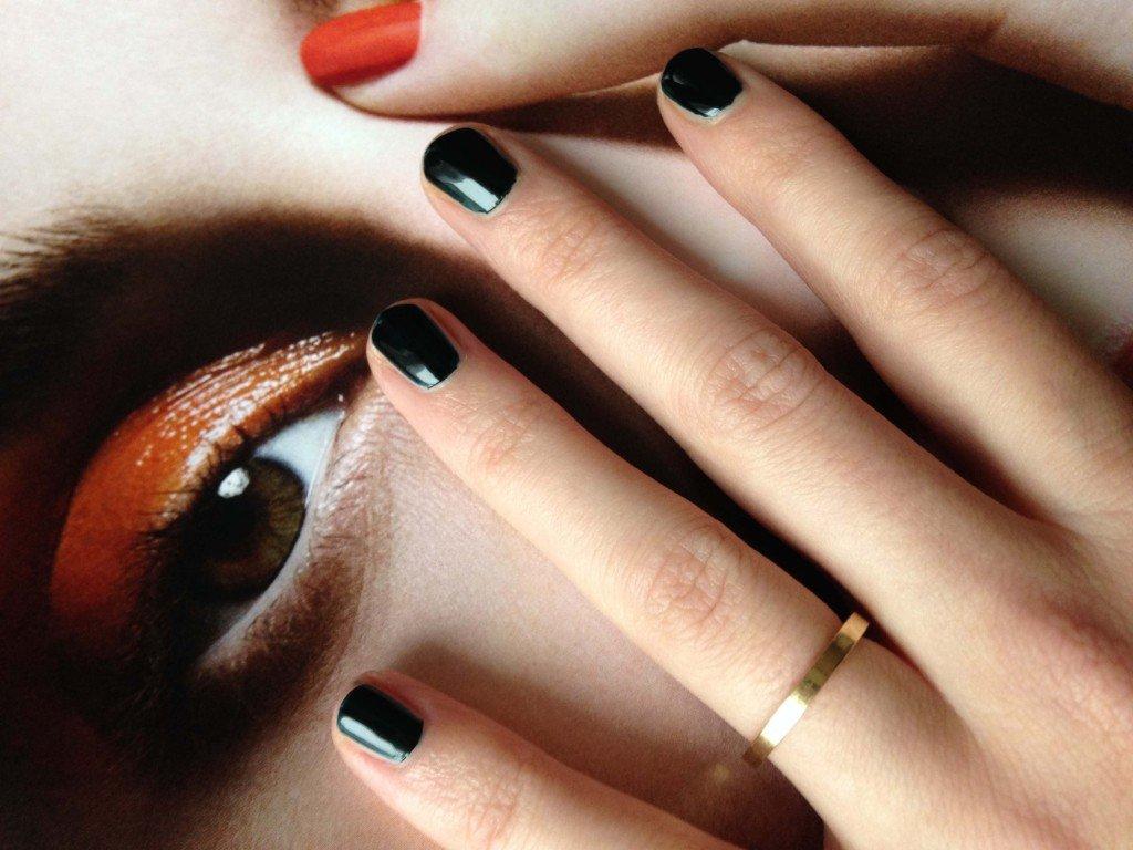 """Detailfoto Chanel Nagellack """"Vert Obscur"""""""