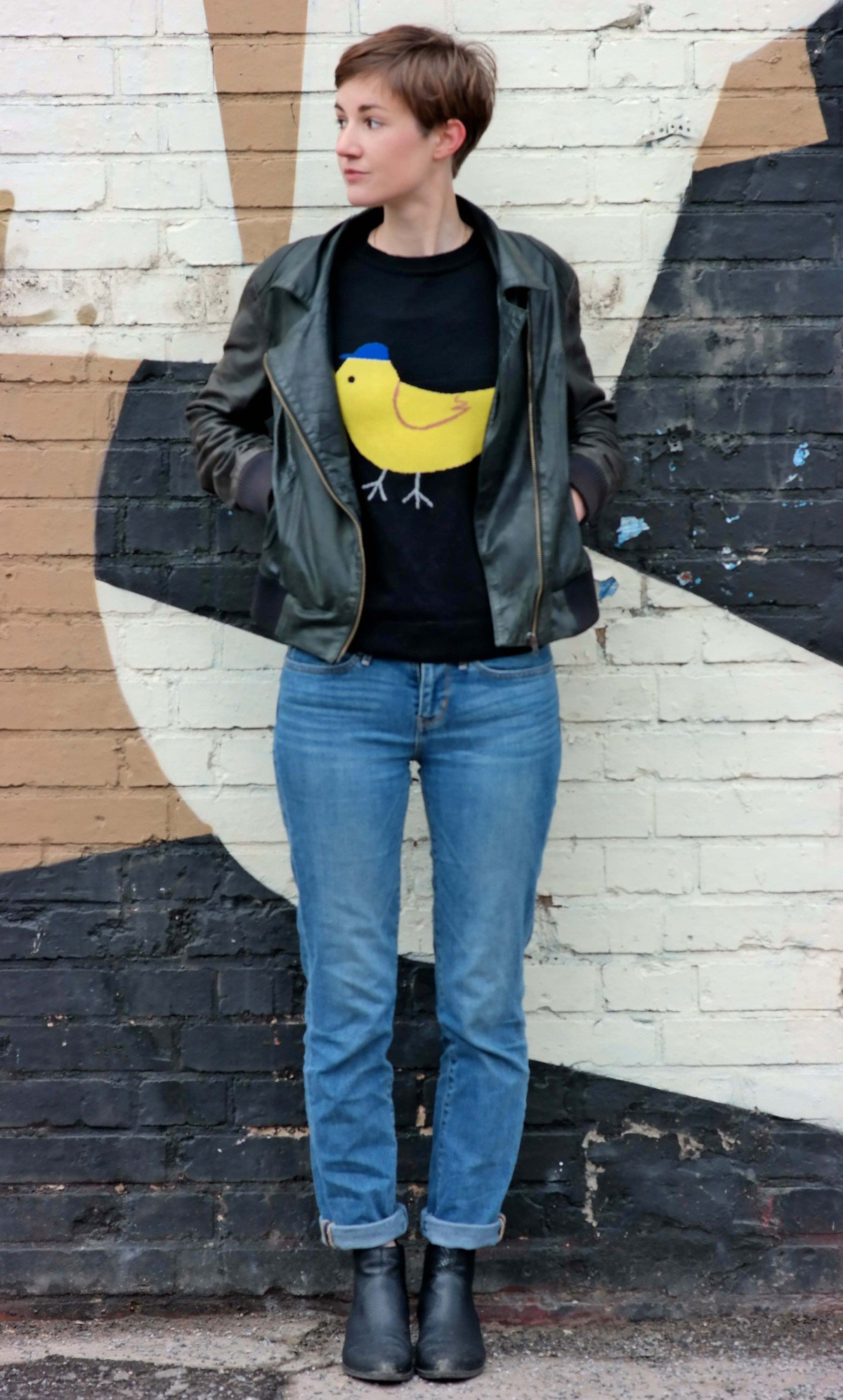 Outfit mit Vintage Lederjacke und Pullover von Asos