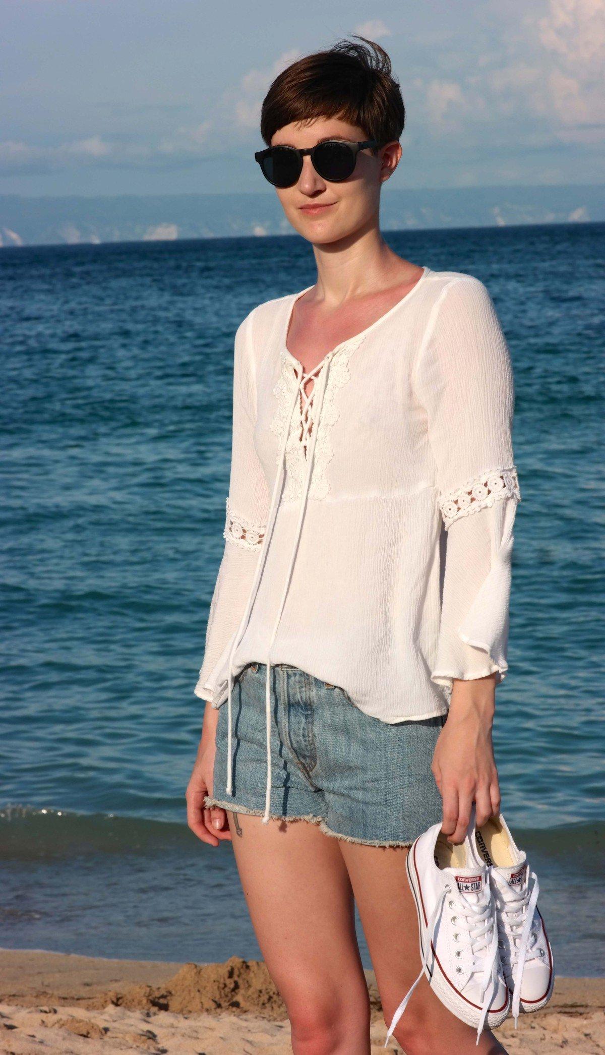 Outfit am Strand von Nusa Dua
