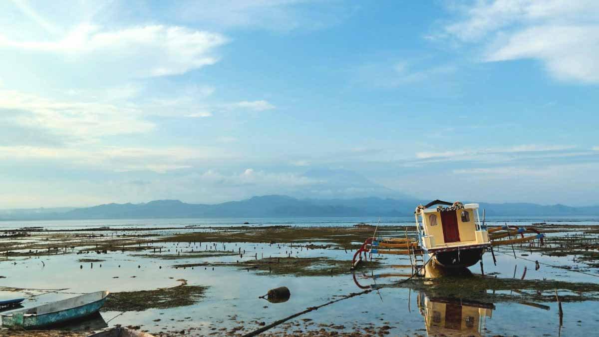 Aussicht im Warung Bambu auf Nusa Lembongan