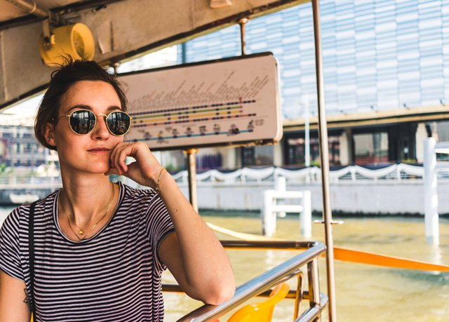 Porträt auf Boot in Bangkok