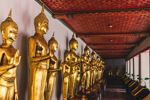 Buddhas in Wat Pho in Bangkok