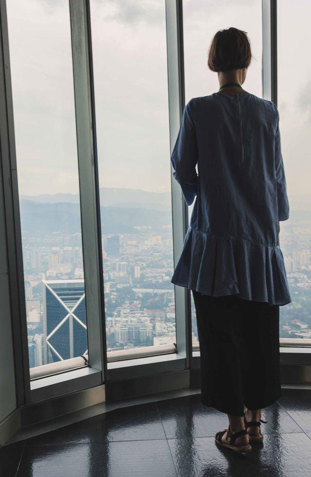 Auf der Aussichtsplattform von den Petronas Towers