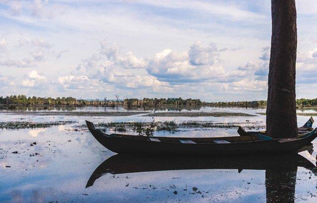 Boot auf einem See bei Angkor Wat