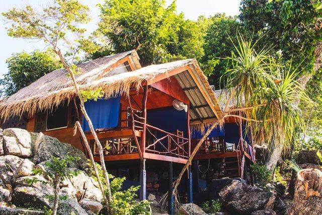 Hütten vom Sanom Beach Dive Resort auf Ko Lipe