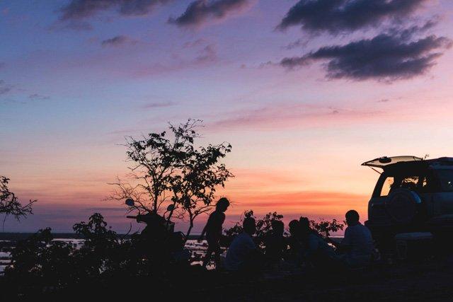 Picknick im Sonnenuntergang bei Siem Reap