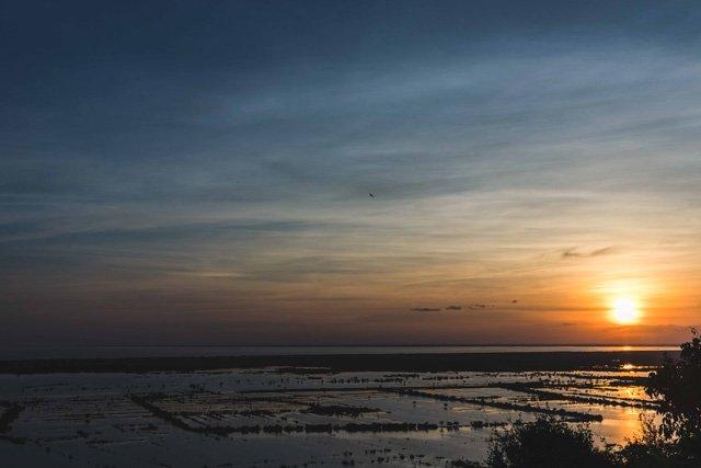 Sonnenuntergang am Tone Sap Tempel in Siem Reap