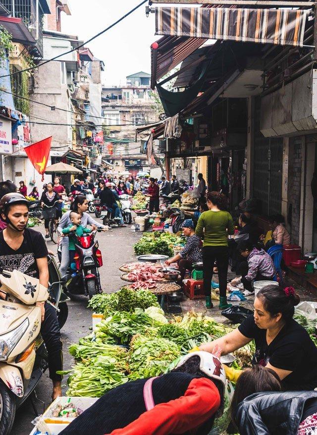 Markt in der Altstadt von Hanoi