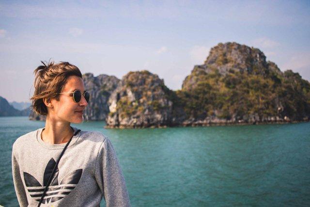 An Bord bei Swan Cruises durch die Bay Tu Long Bay