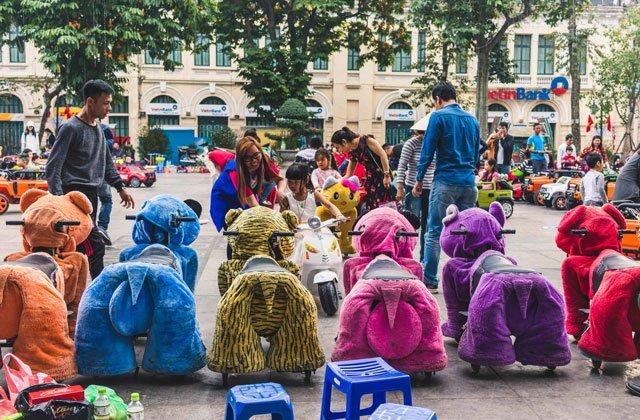 Spielzeuge für Kinder an Neujahr in Hanoi