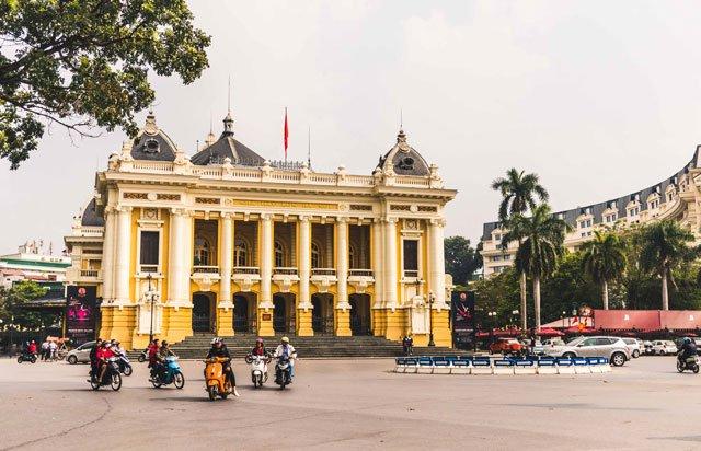 Oper in der Altstadt von Hanoi