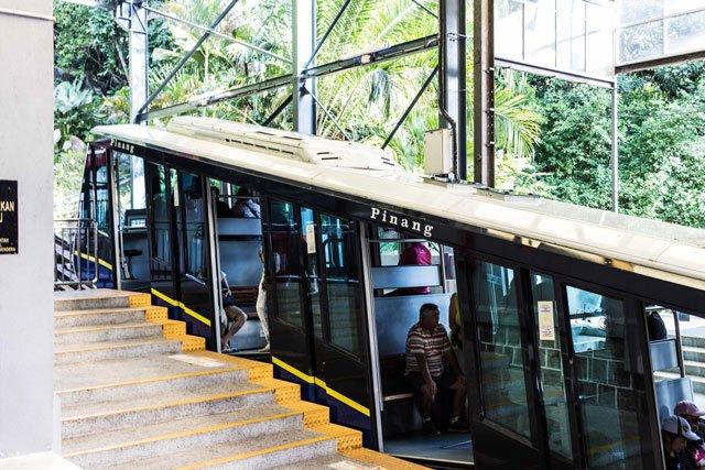 Waggon der Standseilbahn am Penang Hill