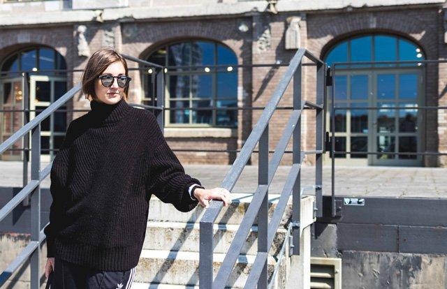 Outfit mit Strickpullover von Weekday
