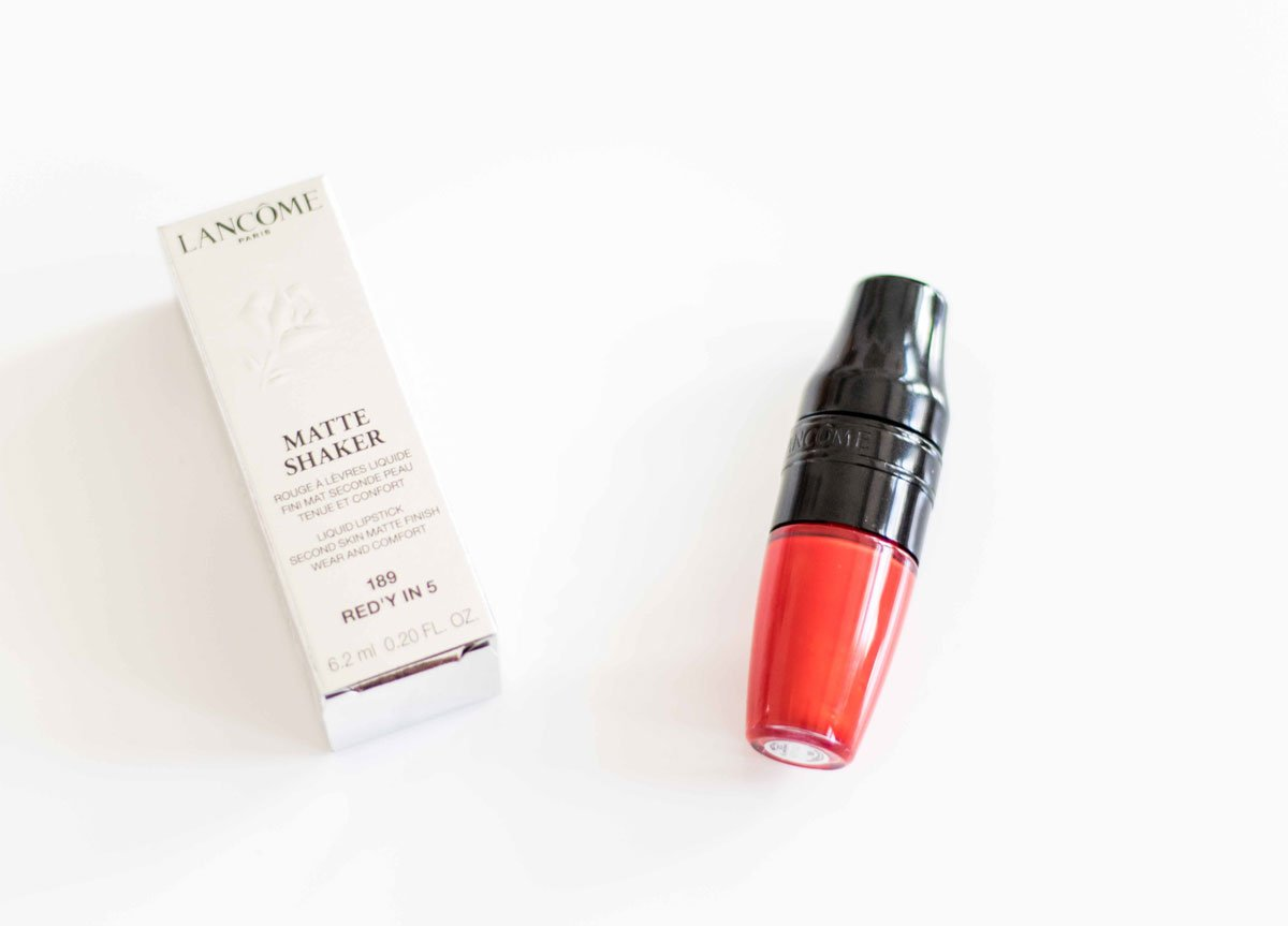 Verpackung und Produkt Matte Shaker in Red'y in 5 von Lancôme
