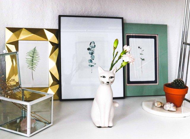 Postkarten mit Pflanzenmotiven von Clara Schicketanz