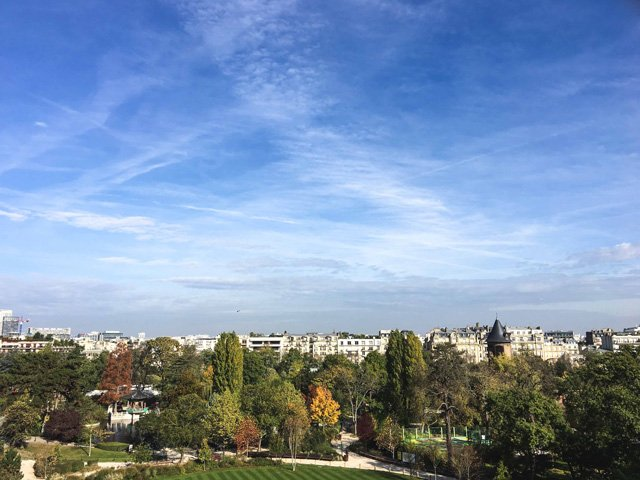 Ausblick von der Dachterrasse der Fondation Louis Vuitton Paris