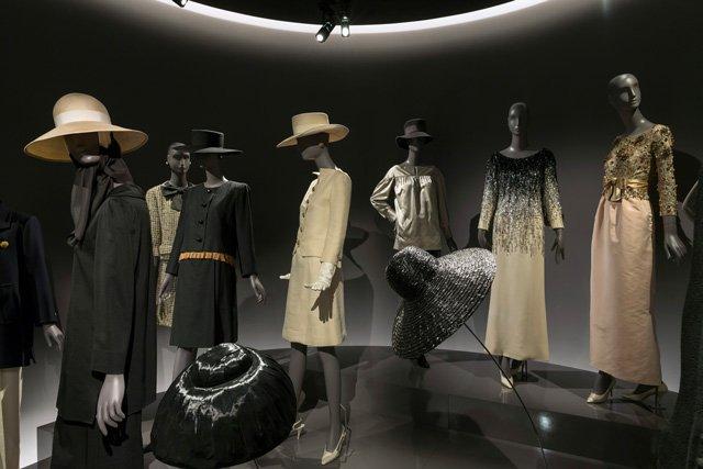 Musée Yves Saint Laurent Hosenanzüge