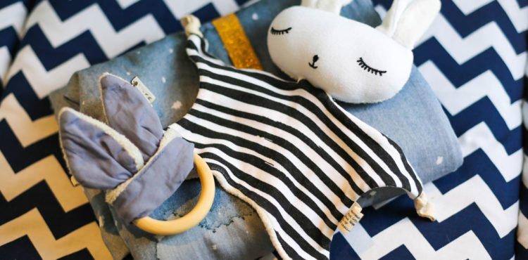 Nachhaltige Spieldecke, Kuscheltuch und Beißring von kyddo