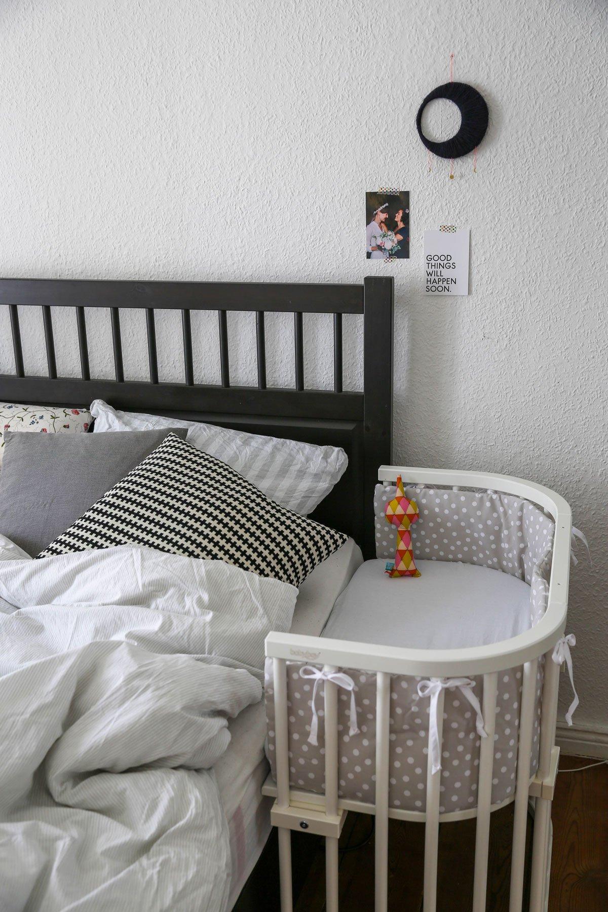Weißes Beistellbett von Babybay