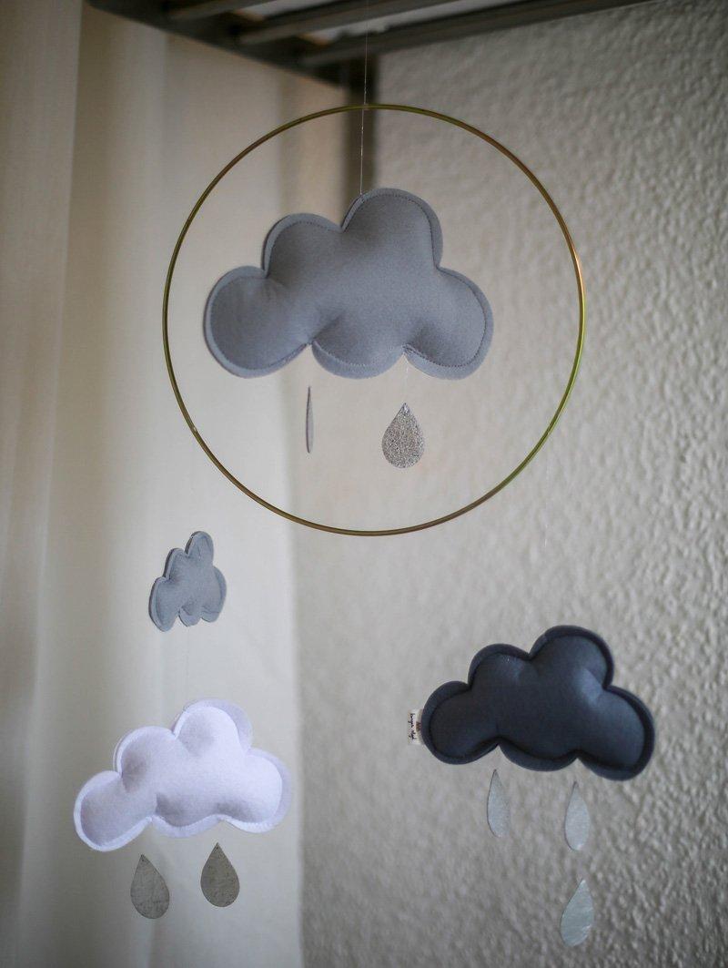 Baby Mobile mit Wolken
