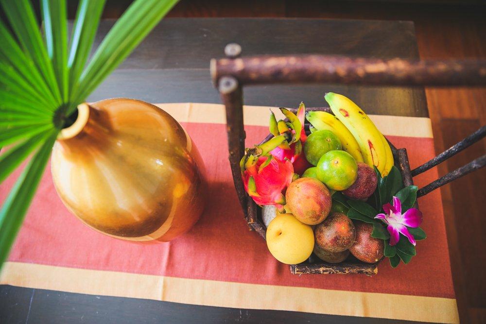 Obstkorb und Vase