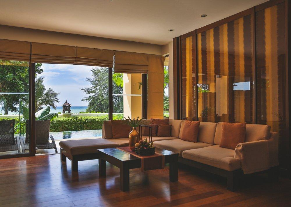 Wohnbereich im Mövenpick Resort Bangtao Beach