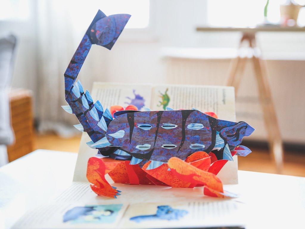 Pop Up Buch mit Dinosauriern